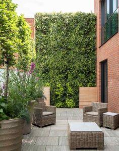 Great komfortable Outdoor M bel und vertikaler Garten f r modernes Flair Gepinnt von Gabi Wieczorek