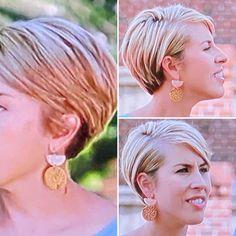 Short Blunt Hair, Short Hair Back, Short Hair Cuts For Women, Mom Hairstyles, Short Bob Hairstyles, Good Hair Day, Great Hair, Erin Napier, Hair Again