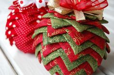 Quilted Ornament - Pine Cone