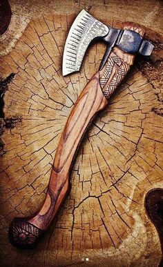 It's a Man's World - Messer Knives And Tools, Knives And Swords, Espada Viking, Vikings, Splitting Wood, Hand Axe, Axe Handle, Tomahawk Axe, Viking Axe