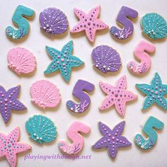 An Under the Sea set ordered for a birthday! I love the subtle scales on the Mermaid Theme Birthday, 5th Birthday Party Ideas, Birthday Party Decorations, 3rd Birthday, Baby Girl Cookies, Mermaid Cookies, Little Mermaid Parties, Barbie Party, Birthday Cookies