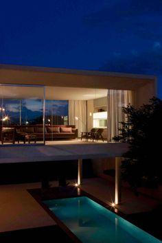 A Spacious Contemporary Home in Brasilia, Brazil