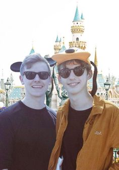 (Left to Right) Connor Franta and Troye Sivan or should i say Tronnor