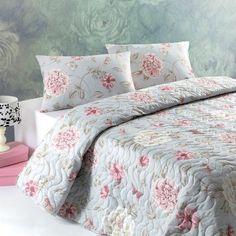 Lenjerie de pat ideală pentru primăvară și vară - https://ideidesigninterior.ro/lenjerie-de-pat-ideala-pentru-primavara-si-vara/