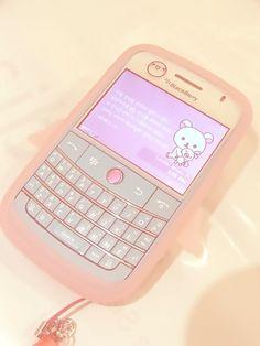Kawaii pink angel phone case not that anybody uses those blackberry phones Mode Kawaii, Kawaii Room, Flip Phones, Poses References, Kawaii Accessories, Rilakkuma, Mo S, Retro Aesthetic, Cute Pink