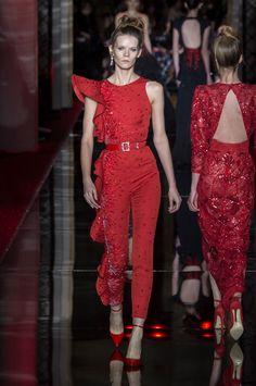 Zuhair Murad faz alta-costura para voar no tapete vermelho - Vogue | Desfiles