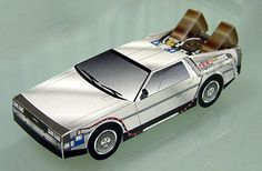 Paper DeLorean! Too bad the instructions are in Japanese...