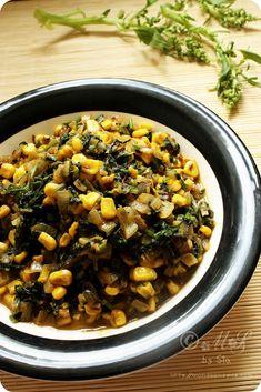 Spicy Palak aur Makai ki Subji (Spicy Spinach and sweetcorn curry) Vegan Indian Recipes, Gujarati Recipes, Delicious Vegan Recipes, Raw Food Recipes, Cooking Recipes, Healthy Recipes, Vegan Food, Yummy Food, Spinach Recipes