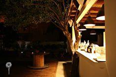 Il Giardino di Lipari - bar #giardino #garden #eolie #lipari #island #isola #summer #lights #sicilia #sicily #travel #live #music #trees #bar