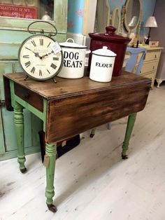 Drop leaf table painted vert olive , Autentico chalk paint . Rustic shabby chic