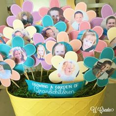 Perfect Mother's Day gift for Grandma. It's a free printable Grandma's Garden Flower Bouquet...with a video tutorial!