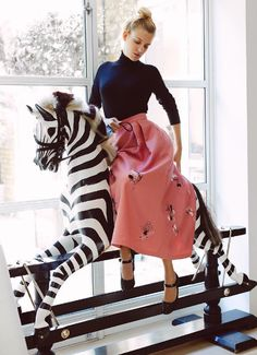 deal outfits for zebra sidesaddle - artist @makingartandbreakinghearts wears our Roland top, Delisa skirt + Maria #glitter shoes - #lkbennett #thinkpink