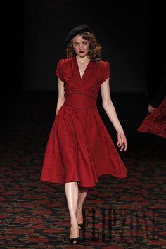 Lena Hoschek Fall-winter 2012-2013 - Ready-to-Wear - http://www.flip-zone.com/fashion/ready-to-wear/independant-designers/lena-hoschek-2470