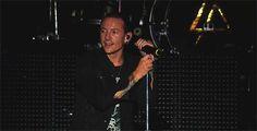 Chester Bennington - Linkin Park. gif.