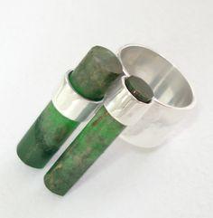anillo tubo esmeralda