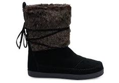 Black Black Suede Faux Hair Women's Nepal Boots in black, size 8 Black Boots, Black Suede, Thing 1, Mode Boho, Pull On Boots, Outfits With Hats, Cool Boots, Bearpaw Boots, Fashion Boots