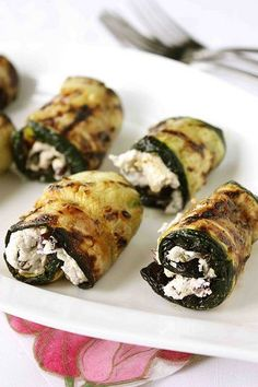 "grilled zucchini rolls with herbed goat cheese & kalamata olives. --- Hearing ""grilled zucchini"" and ""goats cheese"" in the same sentence makes me weak in the knees. Would have to be careful about outer sliminess if finger food. Veggie Recipes, Appetizer Recipes, Vegetarian Recipes, Cooking Recipes, Healthy Recipes, Zucchini Appetizers, Goat Cheese Recipes, Cheese Food, Cooking Tips"