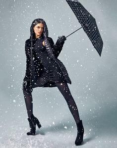 Studio F Colombia Let It Snow, Let It Be, Goth, Fashion Moda, Studio, High Heels, Style, Vestidos, Jackets