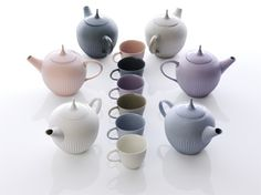 Feinedinge* is an Austrian/Vienna based porcelain design company founded in 2005 by Sandra Haischberger