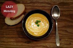 Suppen haben einen entscheidenden Vorteil: man muss sich überhaupt nicht an das Rezept halten. In den Rezept-Zutaten für die Mangosuppe findet ihr einige...