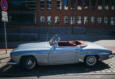 Mercedes Benz 190SL spotted in Hamburg. Pic ©#abc7diAwknd (instagram) / #190SL #BruceAdams190SL #germancars