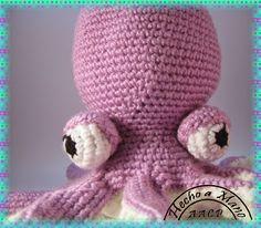 Una nueva creación para la sobrina de un compi, el patrón esta sacado del blog TEJIENDO CON AMIGAS http://tejiendoconamigas.blogspot.com.es/...