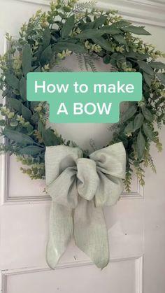 Diy Home Crafts, Cute Crafts, Fall Crafts, Holiday Crafts, Diy Bow, Diy Ribbon, Ribbon Bow Tutorial, Wreath Tutorial, Wreath Crafts