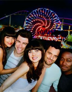 Hannah Simone, Max Greenfield, Zooey Deschanel, Jake Johnson, and Lamorne Morris. My all time favourite show! 'New Girl' I'm honestly not a TV person but for this show anything! Best Tv Shows, Favorite Tv Shows, Favorite Things, New Girl Cast, New Girl Tv Show, Gossip Girl, Gilmore Girls, Comedy Bar, Thats 70 Show