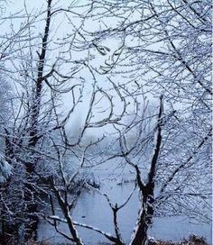 Hidden Snow Girl Illusion | New Optical Illusion | Hidden Jesus ...