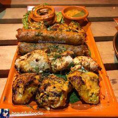 Via @beautifulfoodie - Had this amazing Tandoori Platter at @junkyard_cafe #RajouriGarden. . Amazing food great service and a memorable overal experience I'm surely gonna be a regular here. . #beautifulfoodie #tandooriPlatter #ChickenPlatter #yummy #junkyard #rajourigarden #sodelhi #delhigram #foodtalkindia #yummyinmytummy #Foodiye #indianfoodiye #MumbaiFoodiye #IncredibleIndia . Follow @Mumbai_Foodiye Follow @foodiye_international Make Foodiyé Friends in Comments