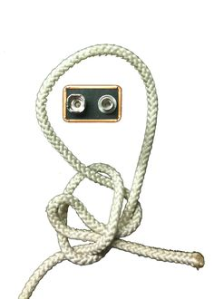 """The bowline is referred to as the """"King of the Knots,"""" and with good reason. It is easy to tie, resists jamming, and retains rope strength decently. Tying the bowline with a bight at th…"""