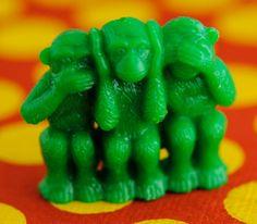 Vintage Bead, Speak No Evil,Hear No Evil,See No Evil,3 Green Monkeys,Focal Bead,23x28mm,(1)(B-568)(L-3)