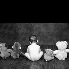 Love poses with the stuffed animals. (life in moments photography)