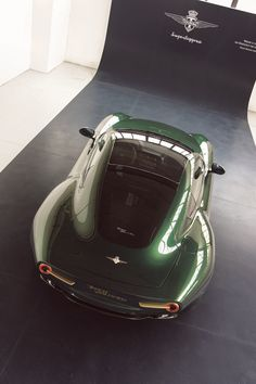 Alfa Romeo Disco Volante by Carrozzeria Touring Superleggera in green gold
