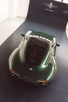 Alfa Romeo Disco Volante by Carrozzeria Touring Superleggera in green  gold