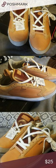 Legacy bt Run Athletics Tennis Shoes SIZE 10.5 US...... This brand new tan tennis shoes are from Phat Farm. Comes with 2 different color shoe laces. Size 10.5 US/ 9.5 I'M / 44 Europe. ASKING $20 US DOLLARS . I have two of the same size.  IM TRYING TO SAVE $580 TO GET MY CAR OUT OF THE SHOP AND SMOGGED. PLEASE HELP. THANK YOU FOR STOPPING BY. Shoes Athletic Shoes