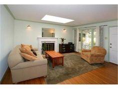 1043 10TH Avenue| $695,000