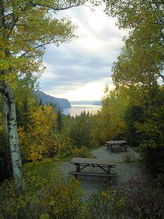 Parc National du Saguenay aux couleurs de l'été indien, Québec, Canada