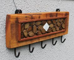 The Most Adorable Diy Key Holder Ideas Pallet Furniture, Rustic Furniture, Restore Wood, Key Box, Old Picture Frames, Wall Hanger, Barn Wood, Wood Crafts, Easy Diy