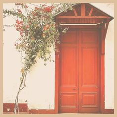 The door is always open when you want to change and transform your life Queen.  You have to go through it!  I would like to invite you to join me LIVE in my Facebook group for free coaching on how to use the law of attraction to grow or create your life/relationship so you can create a life you absolutely LOVE! I also empower the Queens in my group with mindset and lifestyle tips!  Join me live. The link is in my bio  on.fb.me/1KqgoOg