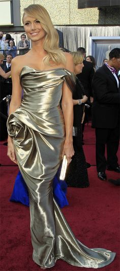 Google Image Result for http://www.gownsexpress.com/wp-content/uploads/2012/04/Red-Carpet-Dresses.jpg
