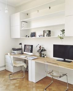 29 Trendy Home Office Shelves Ideas Bedrooms Home Office Shelves, Home Office Layouts, Home Office Space, Home Office Desks, Office Decor, Office Ideas, Home Office Furniture Ideas, Ikea Office, Office Setup