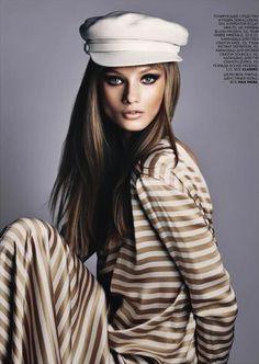 Captivating: Anna Selezneva for #Vogue Russia October 2012. #selezneva