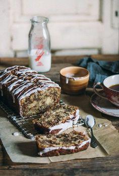 Cinnamon swirl cake that tastes just like cinnamon rolls!