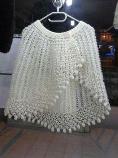 PDF Crochet Pattern- Easy Stitch Crochet Cape and Capelet Crochet Vest Pattern, Crochet Cape, Crochet Scarves, Crochet Shawl, Crochet Clothes, Crochet Stitches, Knit Crochet, Crochet Patterns, Double Crochet