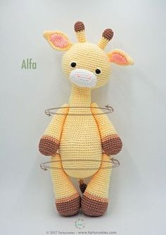 Amigurumi Pattern: Alfa Giraffe : It's time to receive pure tenderness and give our heart to a new member of Tarturumies …. She's ALFA! ♥ On last July 15 we celebrated the birthday Crochet Giraffe Pattern, Crochet Animal Patterns, Crochet Patterns Amigurumi, Stuffed Animal Patterns, Amigurumi Doll, Crochet Animals, Crochet Dolls, Cute Crochet, Crochet Crafts