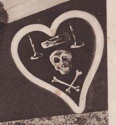"""Nungessers """"Hussard's de la mort'"""" inspired insignia."""