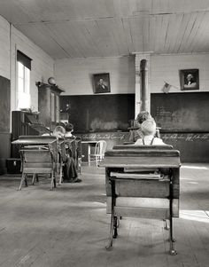 9:00 a.m. Four Pupils Attend This Day. Baker County, Oregon, Dorothea Lange