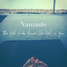 Namaste - The light in me honors the light in you #yoga #namaste #yogaeveryday #light #beautifulwords #pineapplewonders ✨