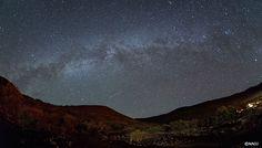 マウナケア、夏の競演――天の川とペルセウス座流星群 - ギャラリー